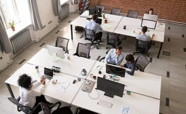 employeesworkingtogether_1